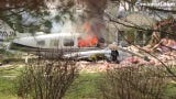 A twin-engineplane crashed into a house in Madeira Tuesday as it was heading back to Lunken Airport, killing thepilot, officials said.