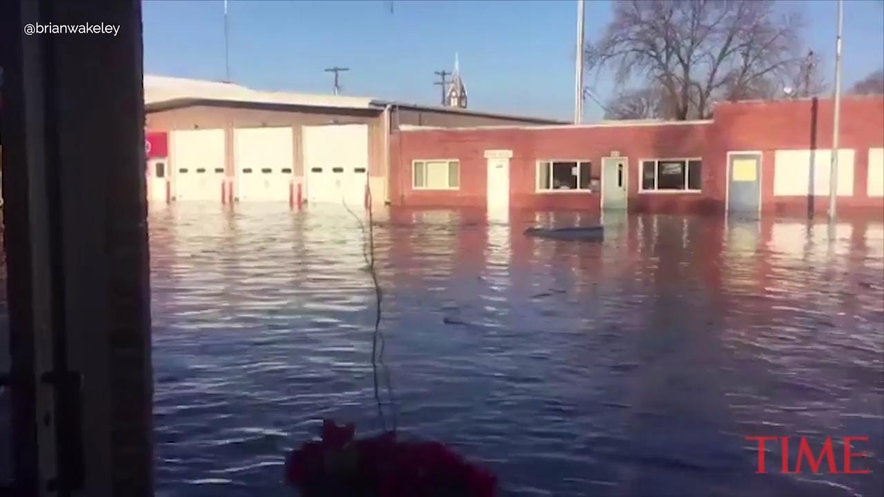 Heavy rain, massive snow melt trigger flooding evacuations in Nebraska