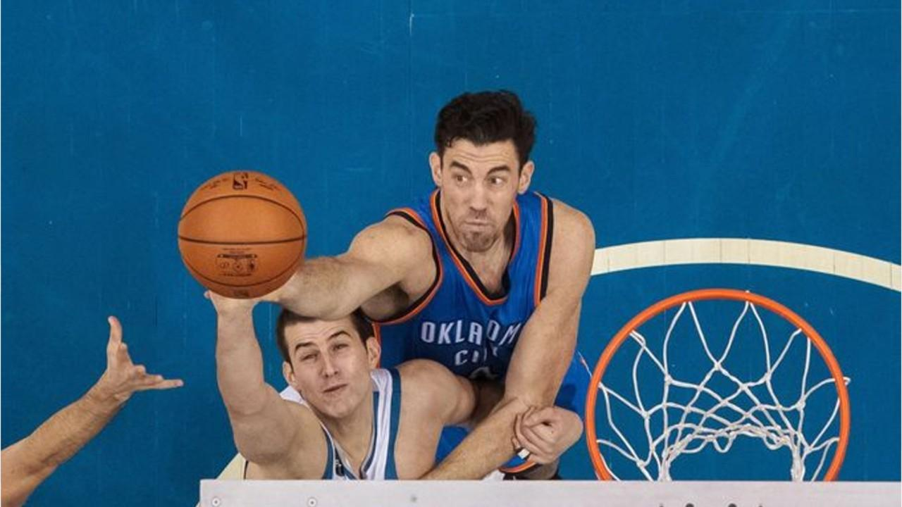 reputable site bb61b fe86f Video: Iowa-native Nick Collison Makes Basketball History After a Career of  Playing the Right Way