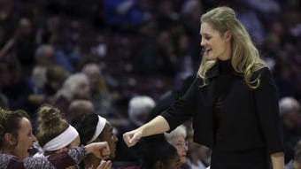 Full one-on-one interview with Lady Bears head coach Kellie Harper heading into the 2019 NCAA Tournament.