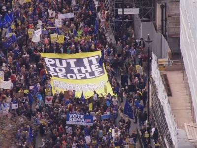 Large crowds gather in London to protest Brexit