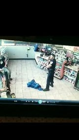 Security video of the March 30, 2018, arrest of Christopher Knox inside a Speedway gas station on West 10th Street near North Lynhurst Drive.