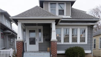 A classic Milwaukee bungalow in trendy Bay View gets a bright touch from a longtime artist.