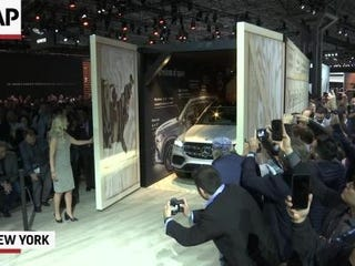 Auto shows may be waning in importance as companies find other ways to introduce new products, but the New York International Auto Show still has a healthy list of new vehicle debuts, most of them SUVs. (April 17)