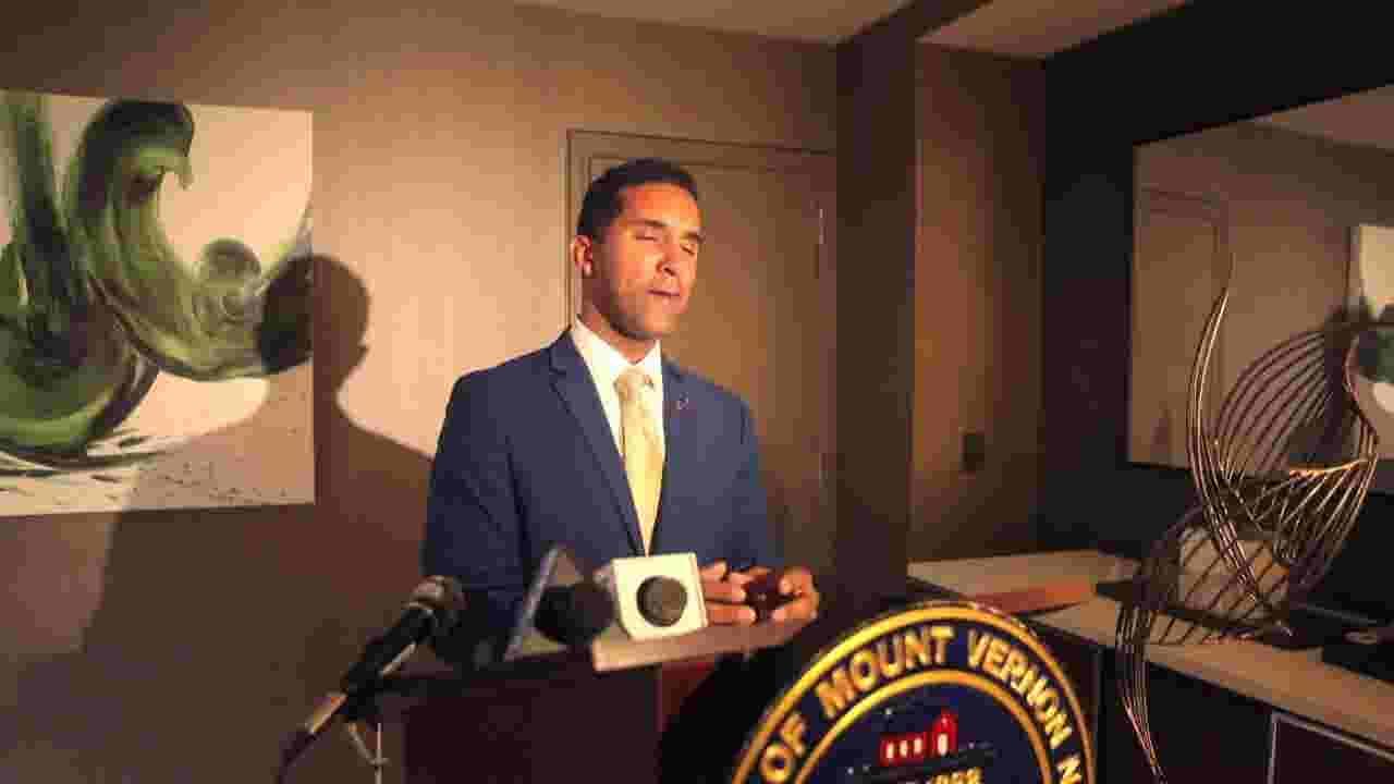 Mount Vernon Mayor Richard Thomas accuses JP Morgan Chase of racial  profiling