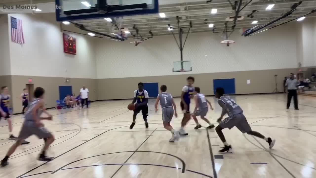 WATCH: Iowa basketball phenom Omaha Biliew highlights