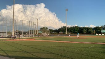 Venice was able to defeat Gulf Coast thanks to errors in the field by the Sharks.