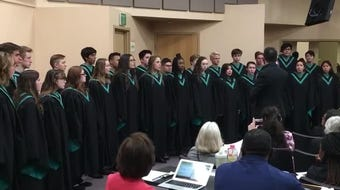 The Oñate choir sang at Carnegie Hall in New York City in April, and on May 21 they sang one last time under departing director Ryan Fellman.