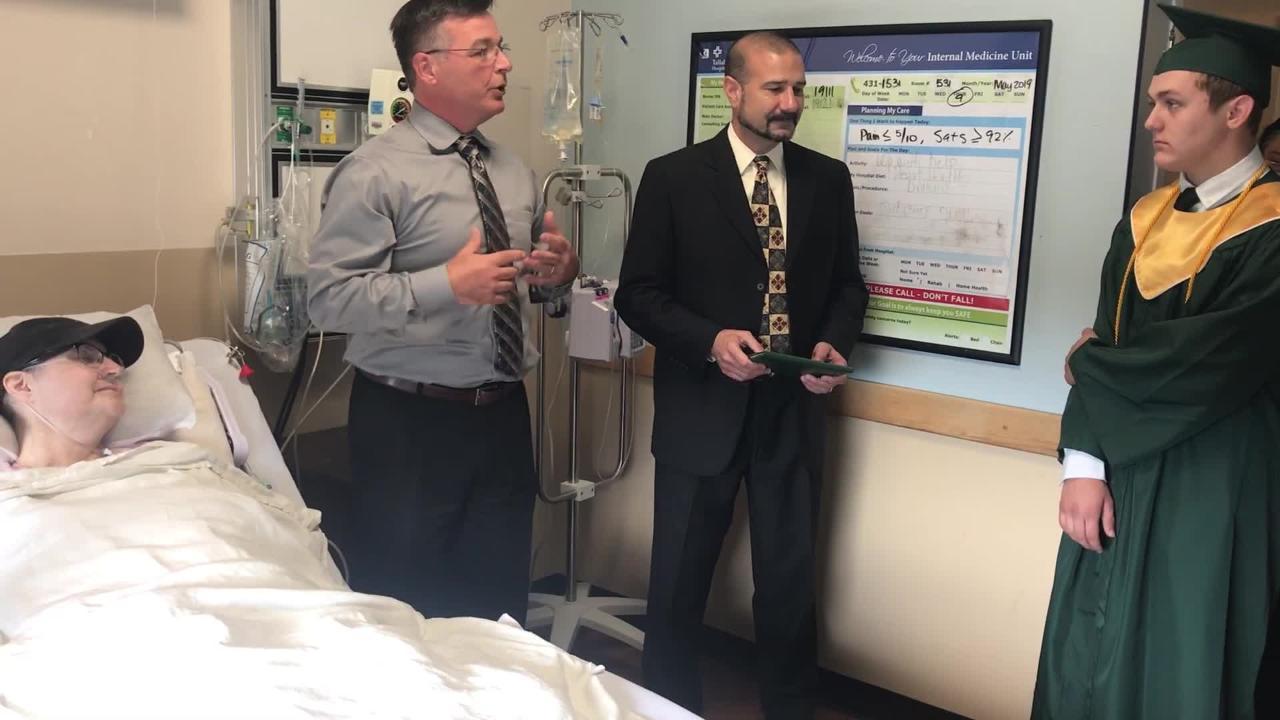 48eefd8d73f School brings son s mini-graduation to mom s hospital room