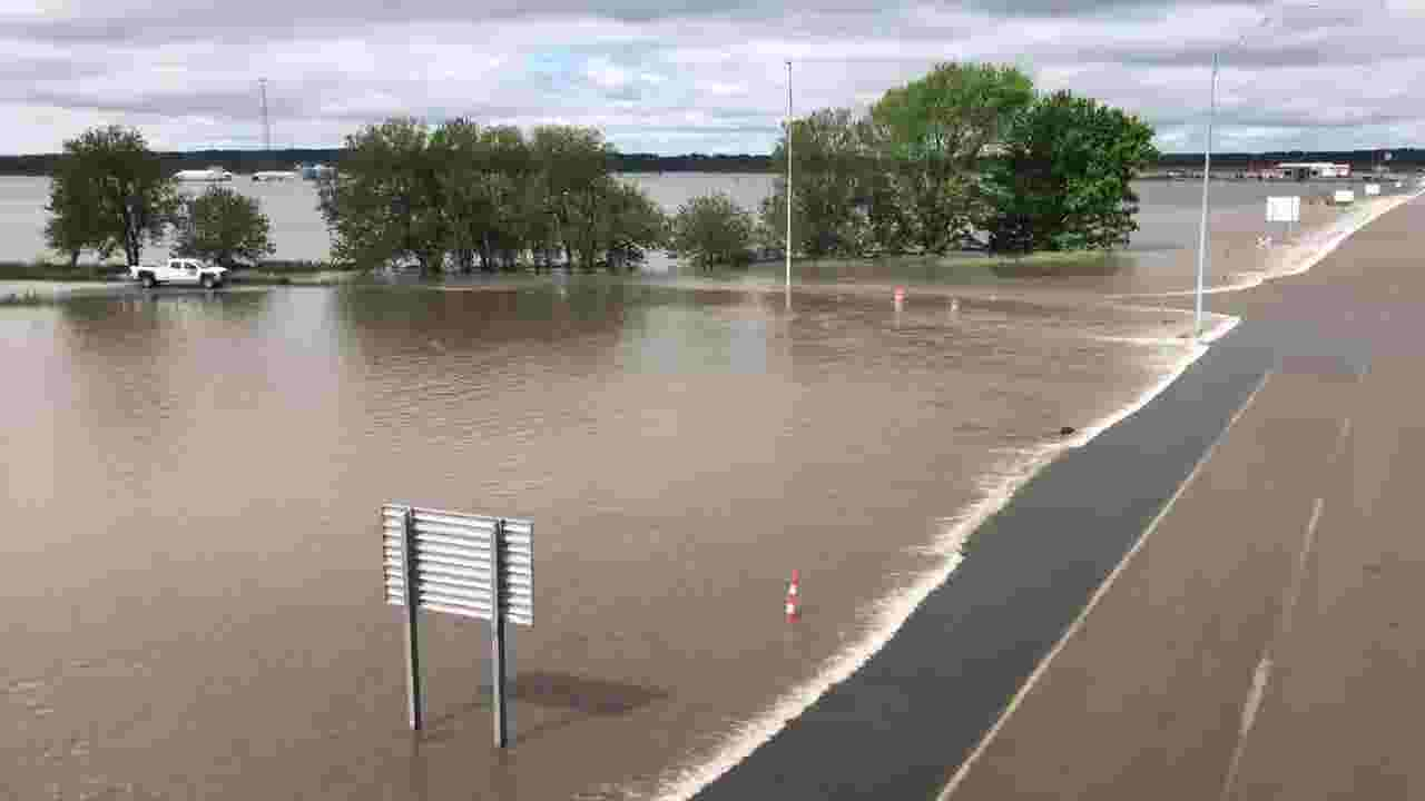 WATCH: Water covers Interstate Highway 29 at Highway 2 in Fremont