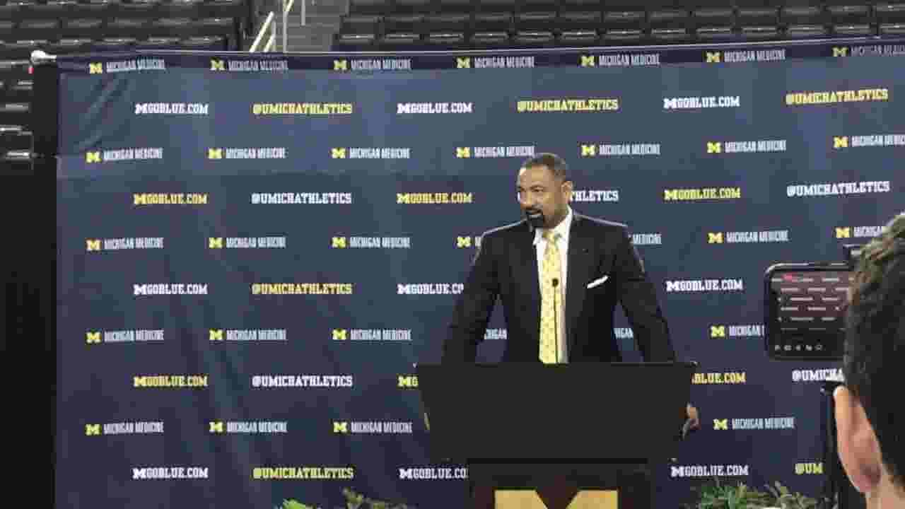 How Michigan basketball players stuck together during coaching search