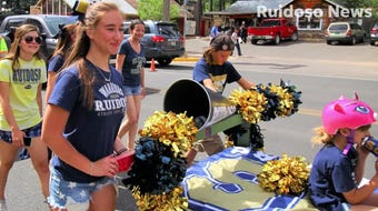 Annual Bed Races parade benefits youth in Ruidoso