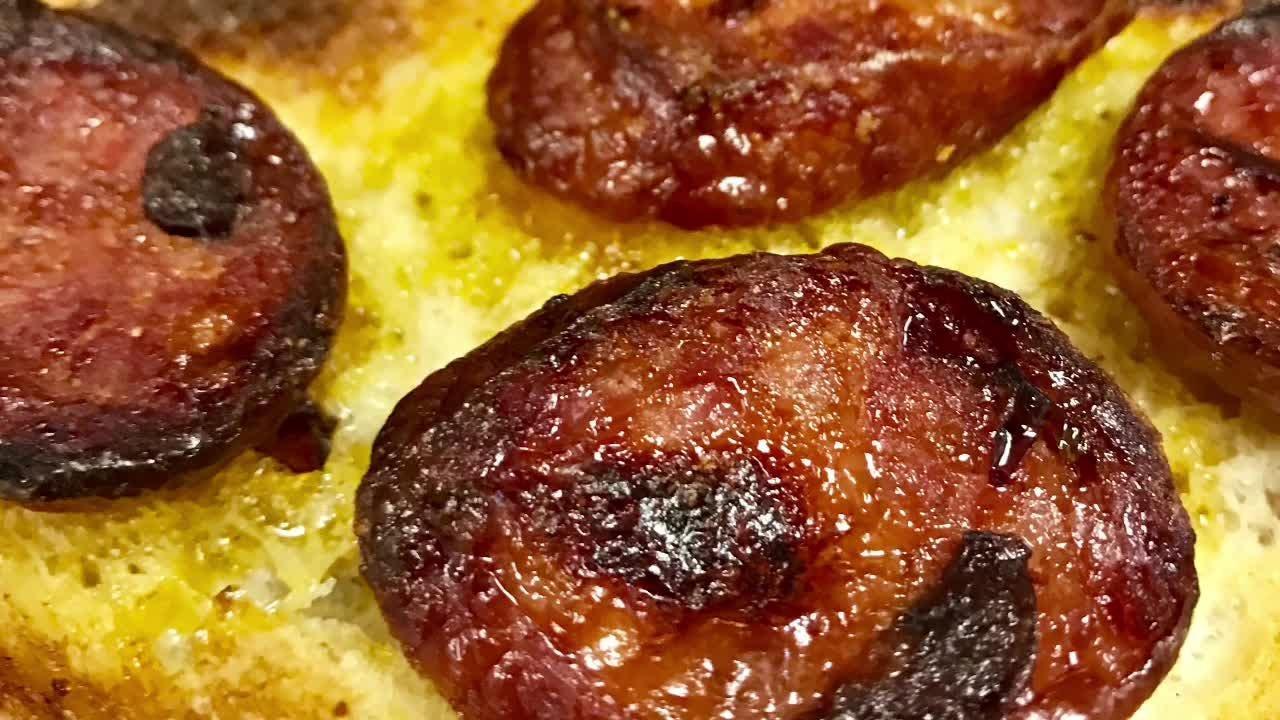 Union Pork Store In Nj Creates World S Largest Hot Dog