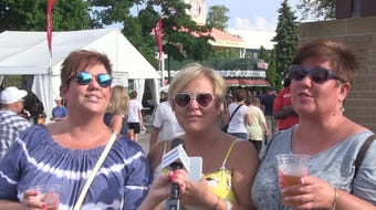 Festival goers at Summerfest on Tuesday sing their favorite songs by Lionel Richie before his show that night.