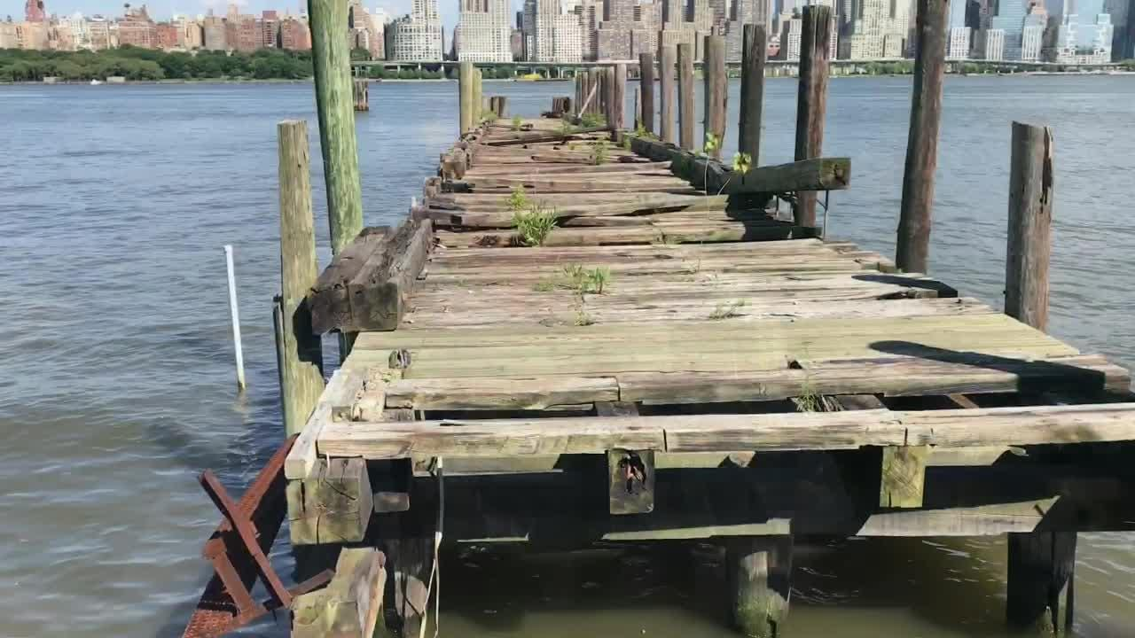 NJ's Hudson River Walkway runs 18 miles from Fort Lee to Bayonne