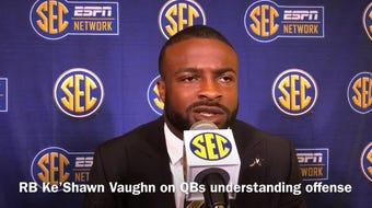 WR Kalija Lipscomb, RB Ke'Shawn Vaughn and TE Jared Pinkney break down Vanderbilt quarterbacks Riley Neal and Deuce Wallace at 2019 SEC Media Days.