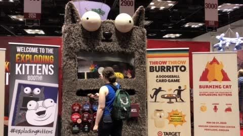 Check out this 'Exploding Kittens' vending machine at Gen Con