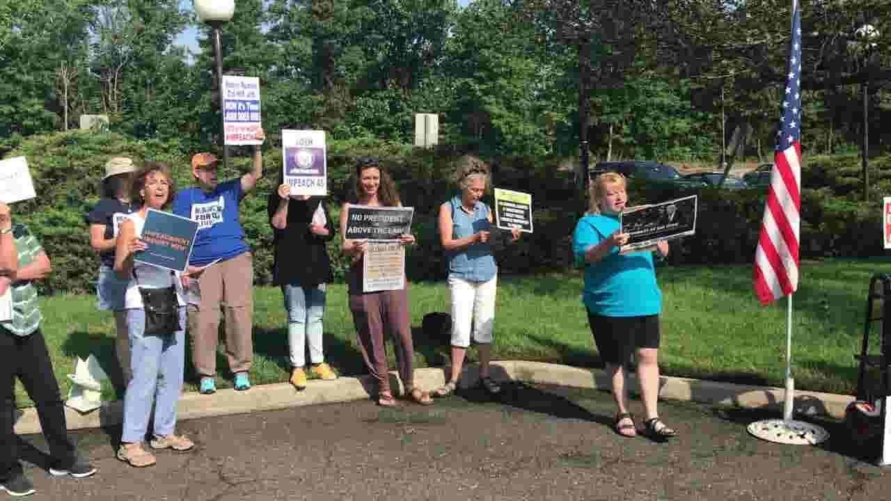 Activists rip Trump, Josh Gottheimer at pro-impeachment protest