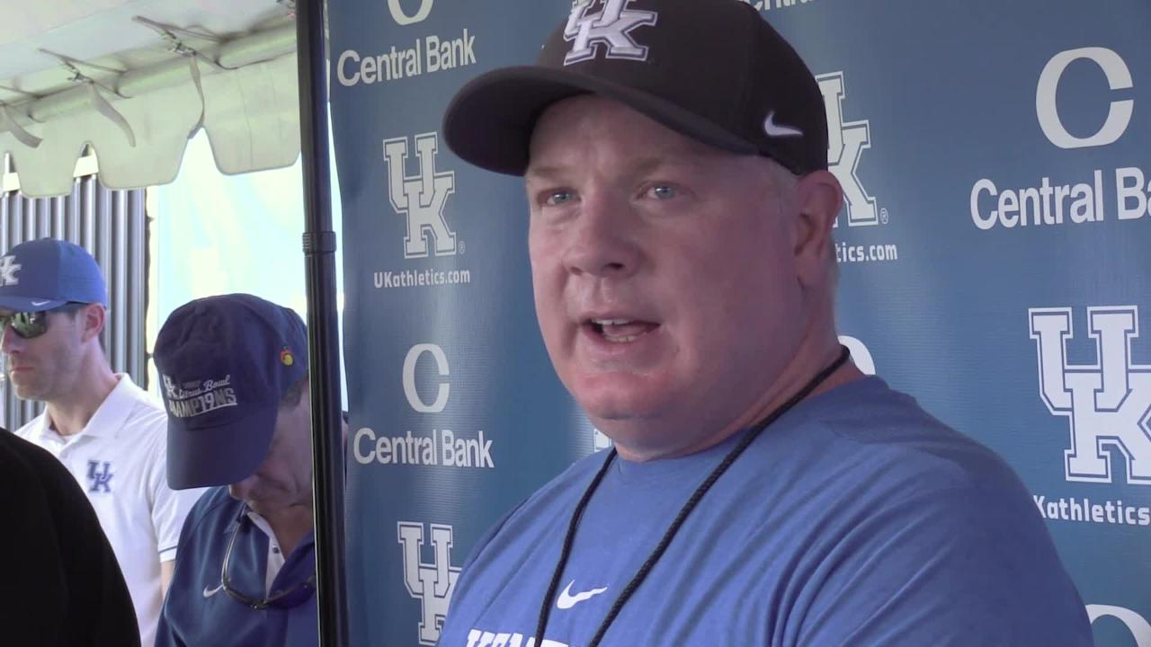 Kentuky football: Mark Stoops talks injuries and practice update