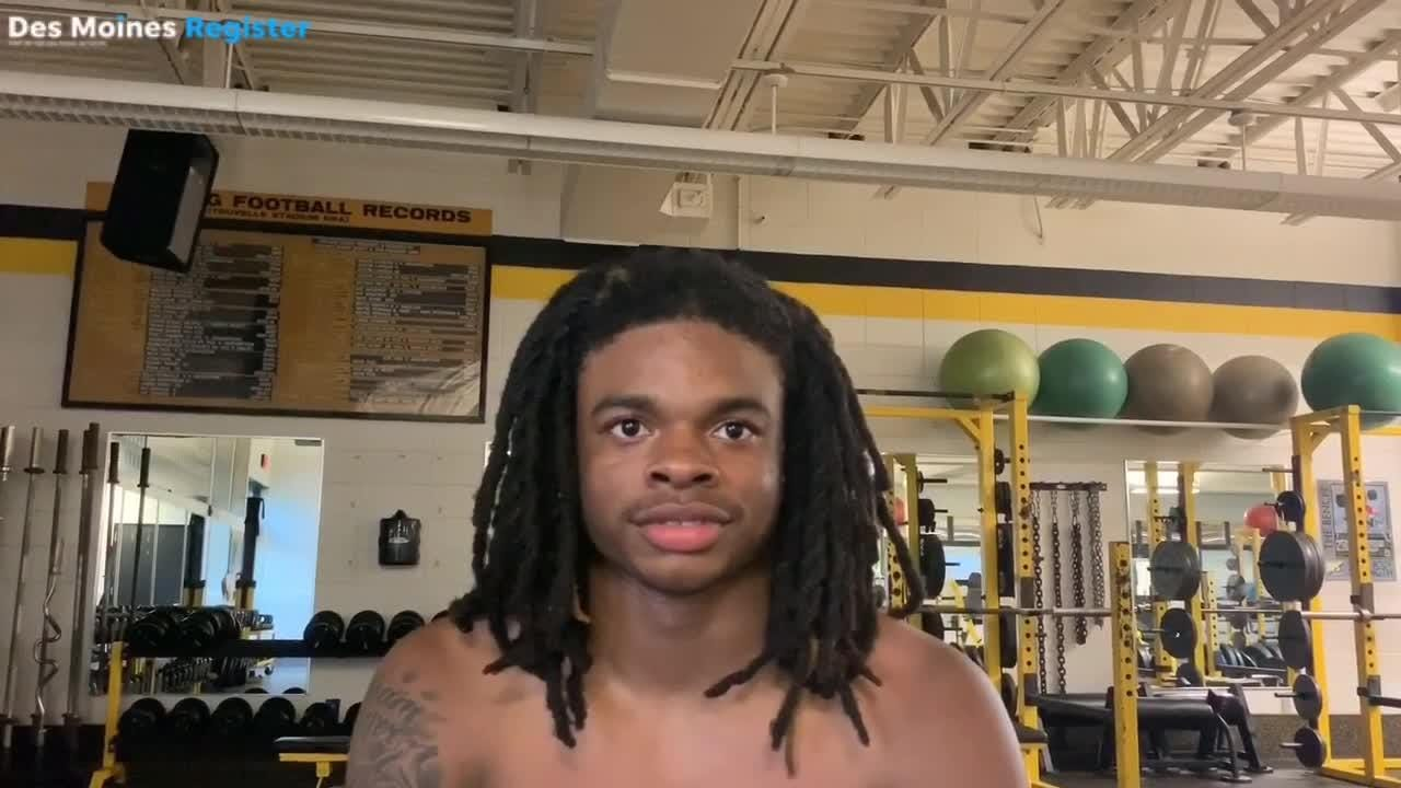 Meet Harrison Bey-Buie: Bettendorf's new RB with D-I interest who's taken Iowa high school football by storm